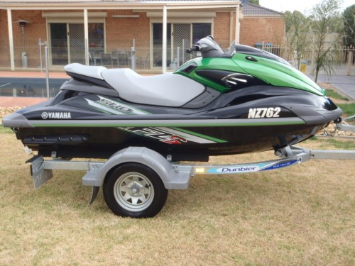 Yamaha FZS 2012  Excellent Condition  Approx  5000 spent on extras Yamaha Fzs 2012