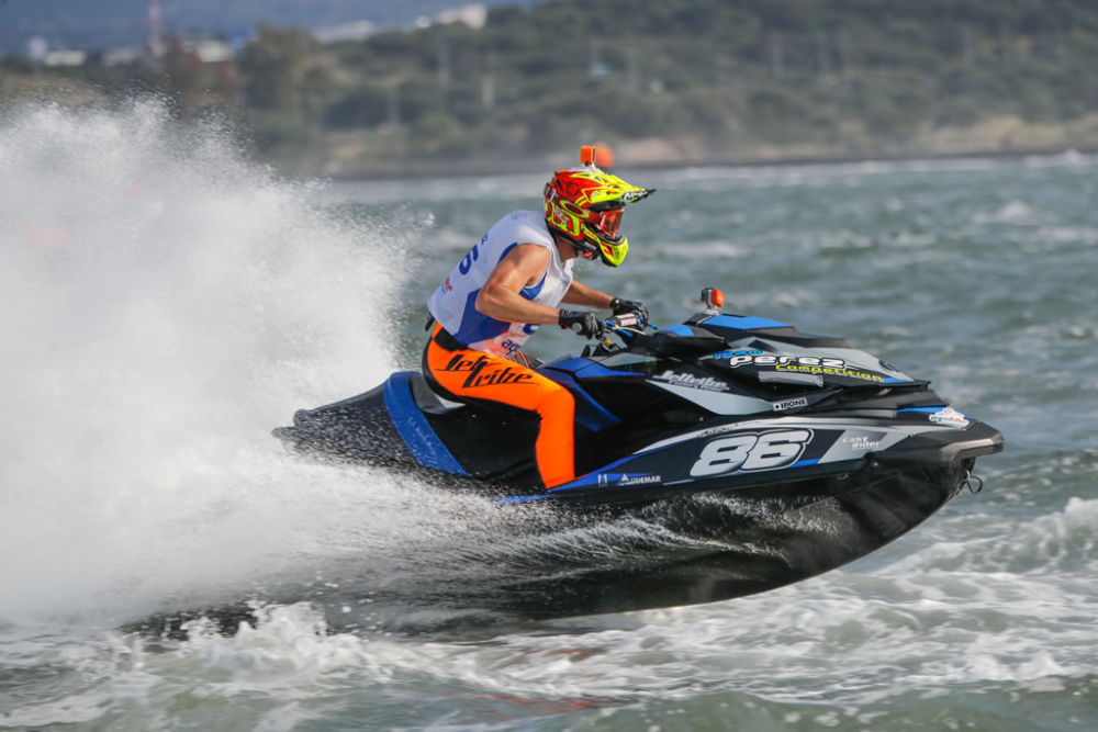 Greenland and Ellmers just outside top 5 in the Aquabike